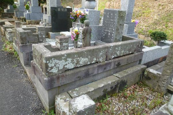 日野公園墓地S様、右側面