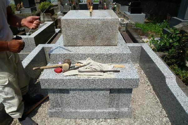 墓石の据付け